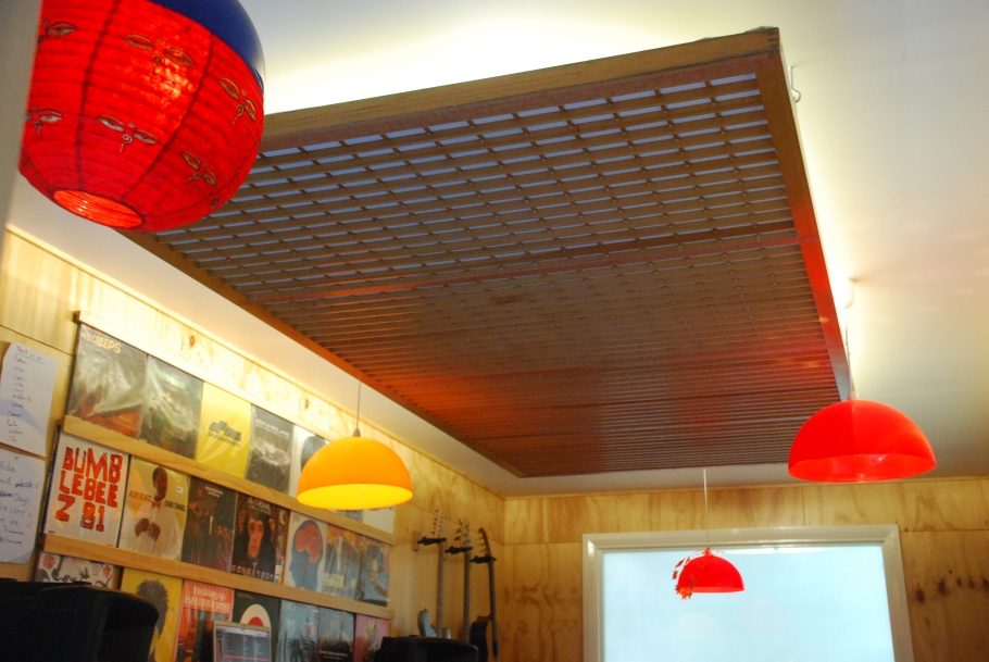 Acoustic absorber/diffuser